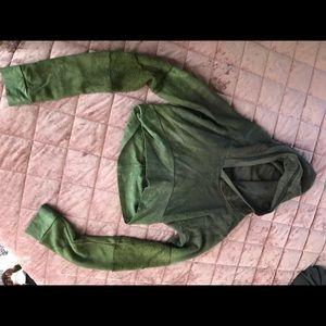 Viragoesduds handmade crop hoodie